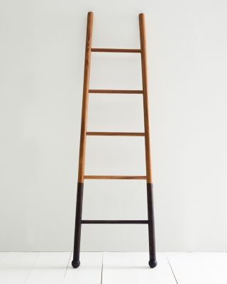 Lostine Bloak Ladder