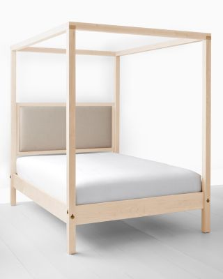 James Canopy Bed