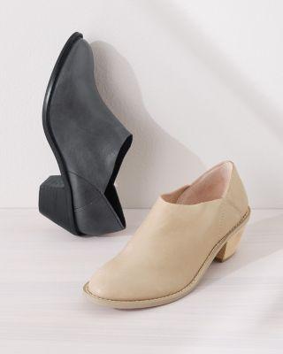 Kelsi Dagger Kensington Boots