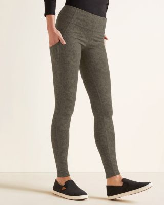 Seam-Detail Pocket Leggings By Garnet Hill