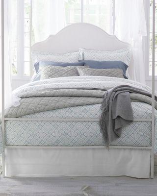 Wrinkle-Resistant Trellis Sateen Duvet Cover