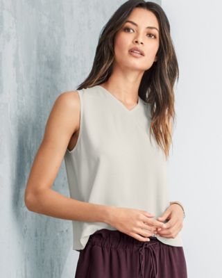 EILEEN FISHER Silk Georgette Crêpe V-Neck Shell