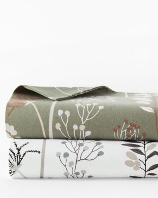 Signature Floral Flannel Sheets