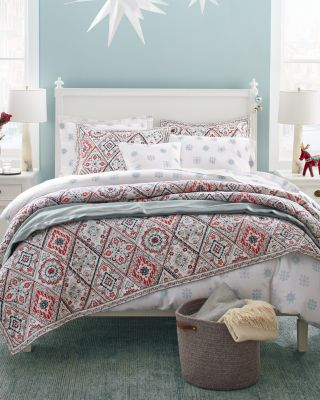 Folk Diamond Quilt and Sham