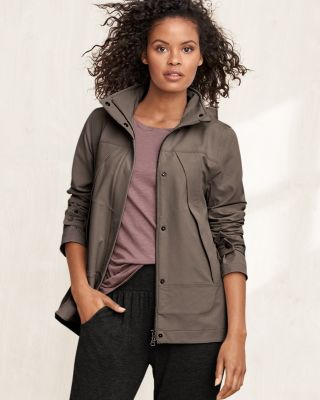 Women's High-Low Pleated Hooded Rain Jacket