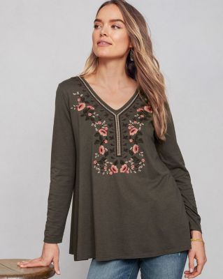 Embroidered V-Neck Knit Tunic Top