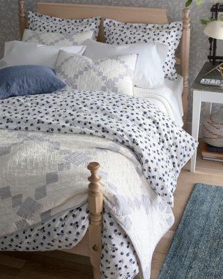 Conversational Organic-Cotton Percale Duvet Cover