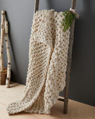 Oversized Chunky Wool Throw Blanket