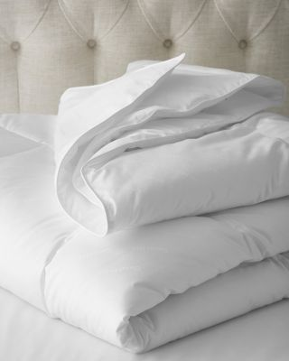 Down-Alternative Hypoallergenic Medium Comforter
