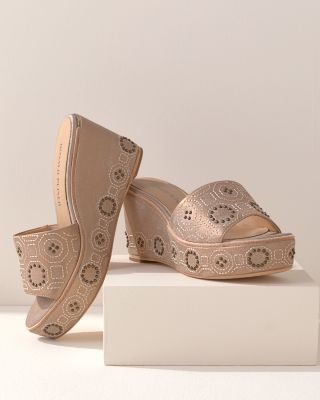 Donald Pliner Indie Wedges