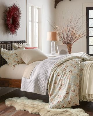Signature Trailing Vine Floral Flannel Sheets
