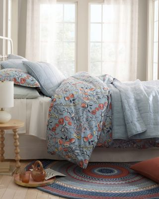 Lightweight Relaxed-Linen Quilt by Garnet Hill