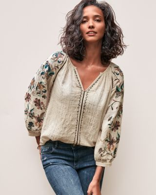 Velvet by Graham & Spencer Embroidered Rocco Top